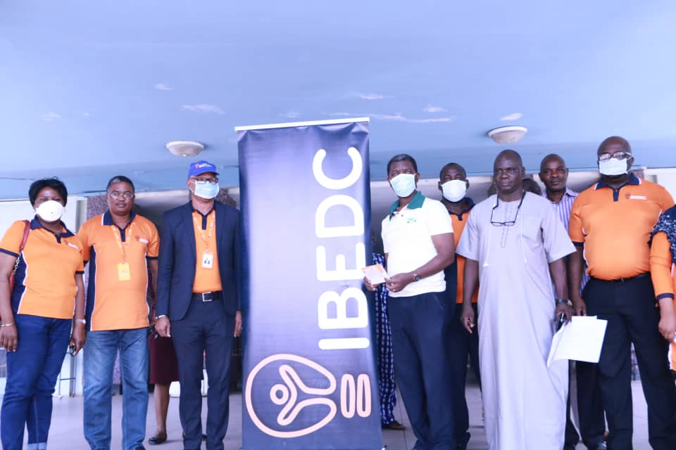 COVID-19: IBEDC Donates N5M Cheque to the Hospital