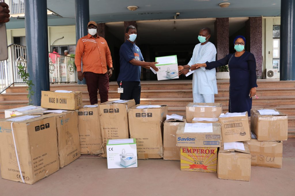 CORONAVIRUS: lukman Olayiwola and friends assist UCH with items worth millions of Naira.