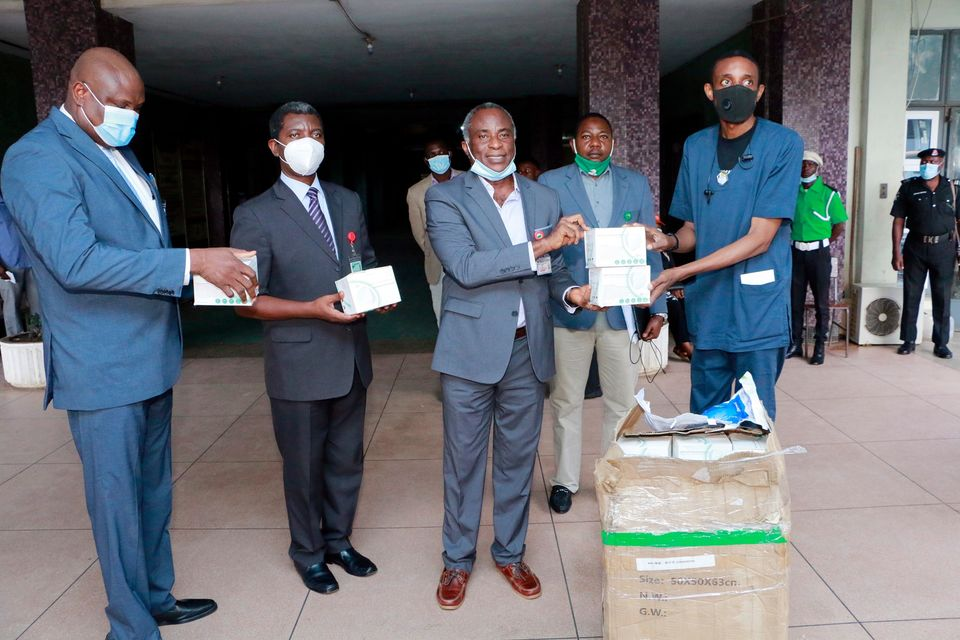 PHOTOS: Med-Vical International Donates Face Masks to the Hospital